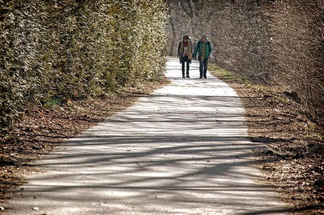 4 キロ 徒歩